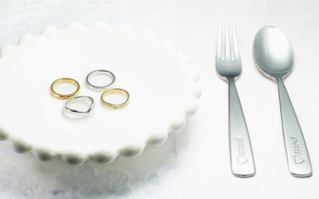 結婚指輪デザインのベビーリング