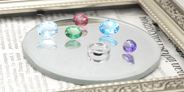 ベビーリングと宝石